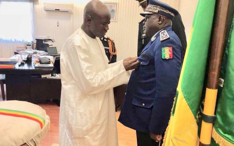 Le ministre de l'interieur Aly Ngouille NDIAYE et le Général de la gendarmerie Maissa Niang.jpg