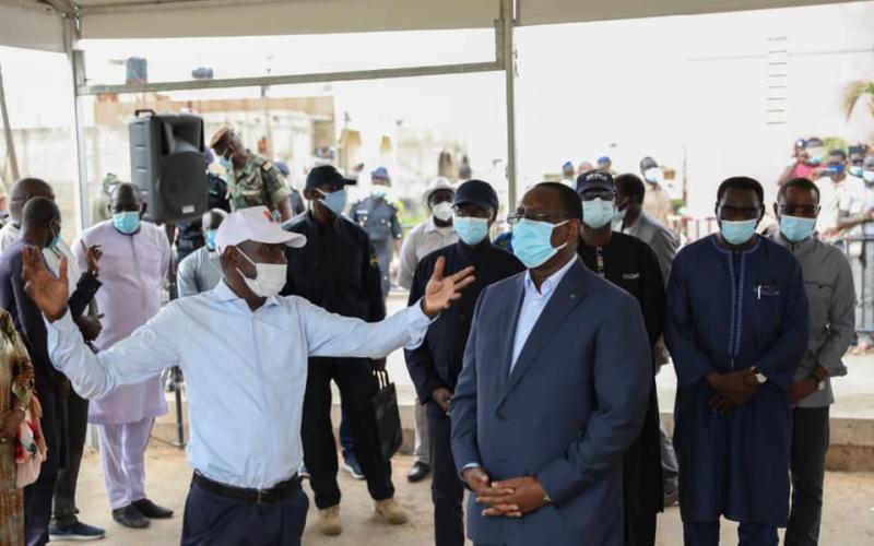 Visite du Président de la République, S.E.M Macky SALL, dans les zones inondées de la banlieue de Dakar